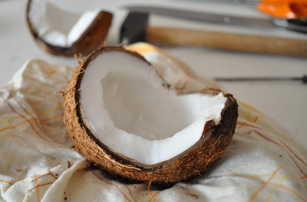 Recette : bain de bouche à l'huile de coco