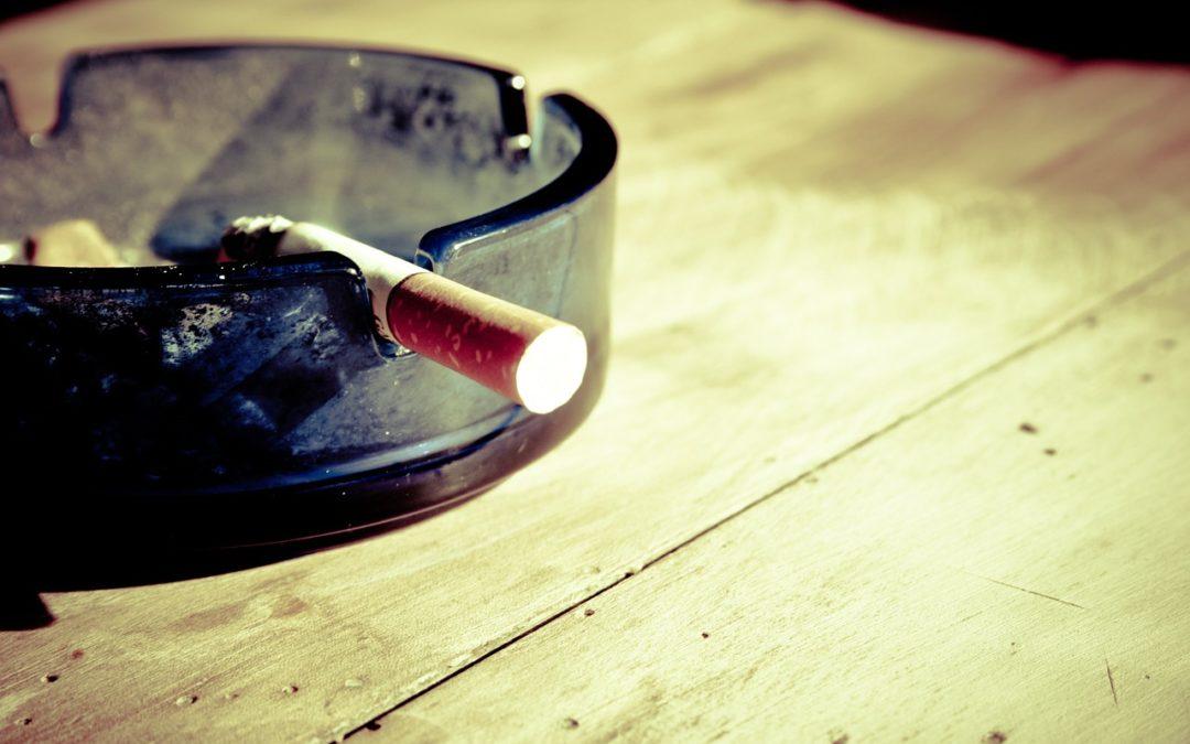 Arrêter de fumer pour la santé des dents et de la bouche