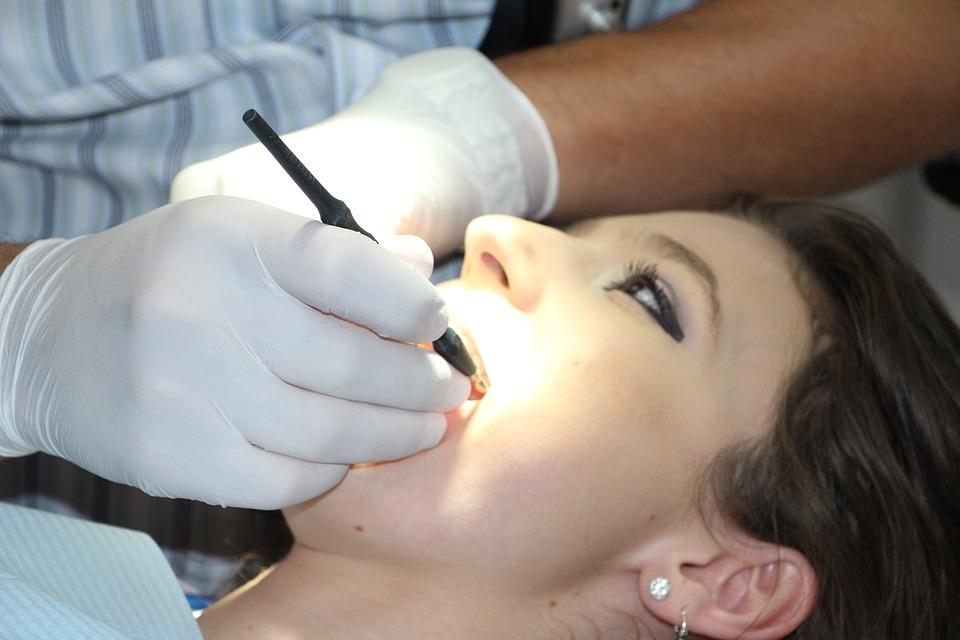 Faire enlever ses amalgames dentaires : attention danger !